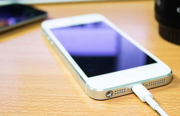 Вот 4 простых совета, которые помогут быстрее зарядить iPhone