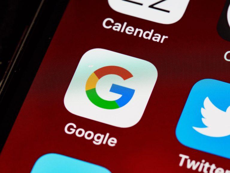 Как удалить историю поиска Google с iPhone